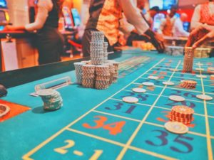 オンラインカジノで遊ぶならボーナスよりも稼ぎやすさで見るべき?